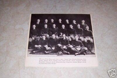 UNIVERSITY OF NOTRE DAME 1913 FOOTBALL TEAM PHOTO