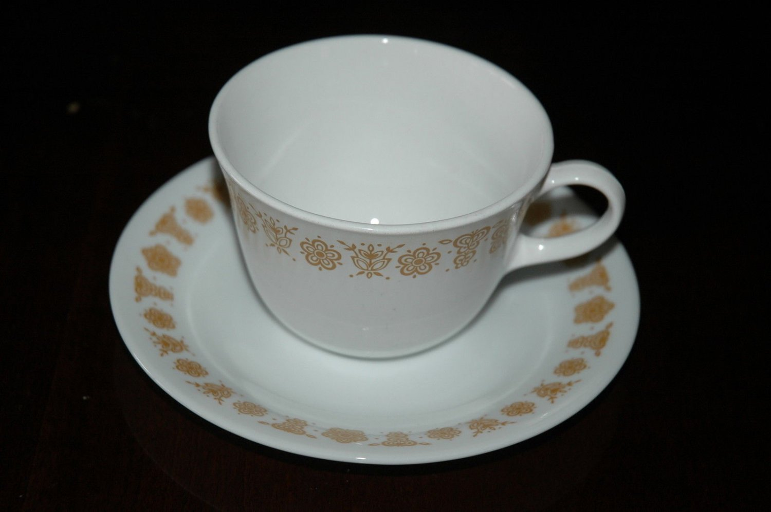 CORELLE PYREX BUTTERFLY GOLD CUPS SAUCER 3 PIECES