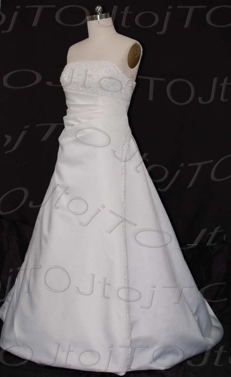 Strapless A-line wedding gown-CH0398