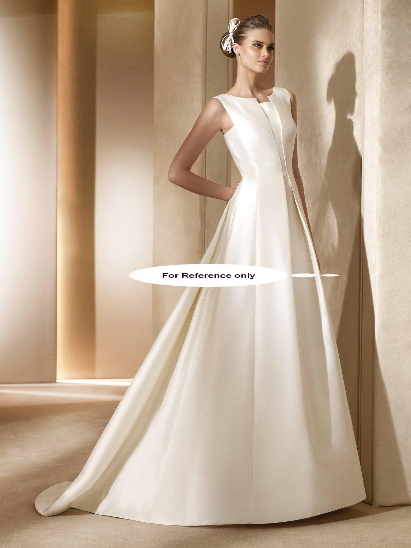 Round neck A-line wedding gown-Amaral