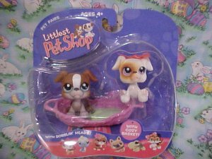 Littlest Pet Shop TWIN BOXERS with Doggie Bed NIP