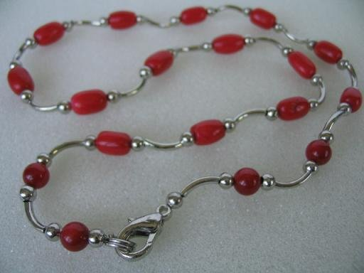 "graceful 17"""" red rice coral necklace"