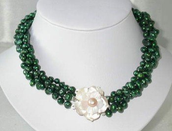 """Lustrous 17"""""""" 4-rows green pearl shell clasp"""