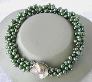 "16"""" 3-rows green pearl mabe clasp necklace"