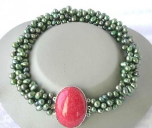 """17"""""""" 3-rows green pearl bloodstone clasp necklace"""