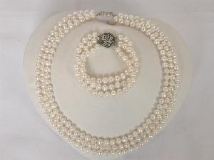 "Beautiful! 16""""-18"""" 3rows 6-7mm white FW Pearl Set"