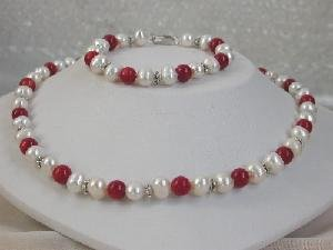 "Beautiful! 7mm 16"""" white cultured FW pearl&red coral beads neckl"