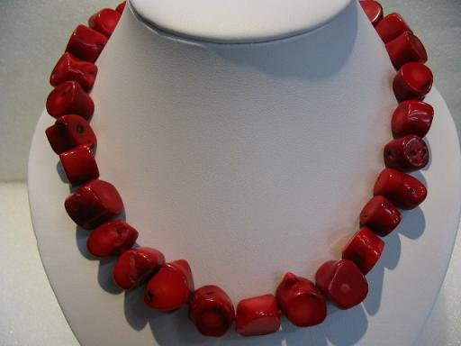 """19"""""""" big red coral necklace"""