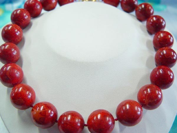 "20"""" HUGE 17mm red sponge coral necklace"