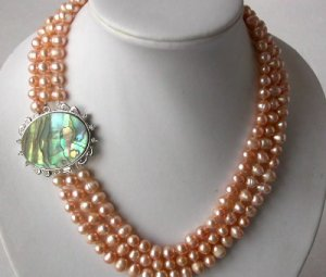 """18""""""""-20"""""""" 3-strands pink pearl &Abalone shell clasp"""