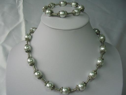 "18""""/7.5'' pearl/silver septa necklace/bracelet set"