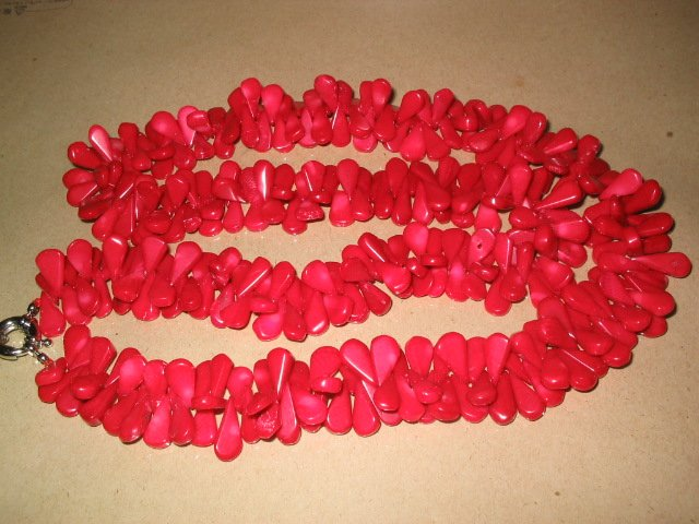 "32"""" red coral water drip shape necklace"