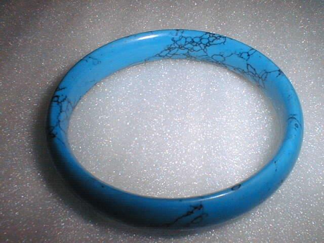 beatiful round turquoise bracelet