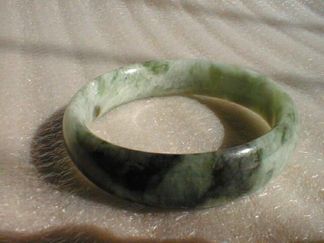 Qingshan light green jade bracelet