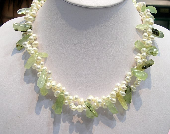 17'' 2rows white Genuine Cultured Pearl&Jades Necklace