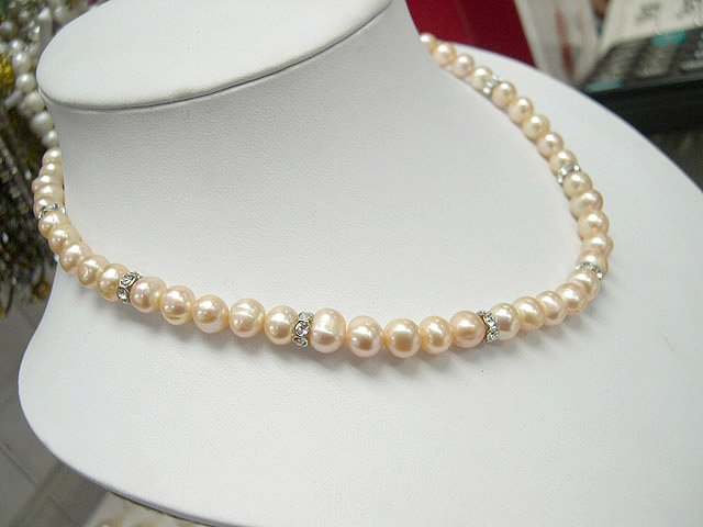 17'' single row pink Genuine Cultured Pearl Necklace