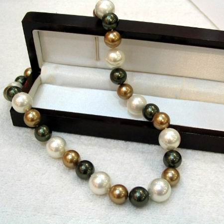 AAA 18'' 10-14mm Tahitian shell Pearl Necklace