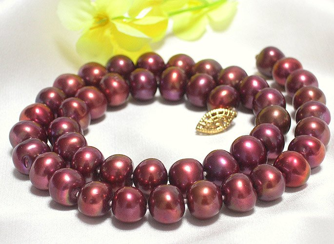 WINE RED 8-9MM PEARL NECKLACE 14K CLASP