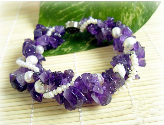 Beauty white cultured Pearl & natural amethyst bracelet