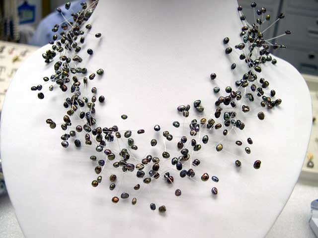 CHarming Fancy style Cultured Pearl NECKLACE