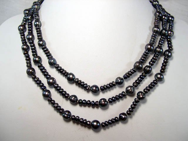 Excelent 3rows black FW Cultured Pearl Necklace