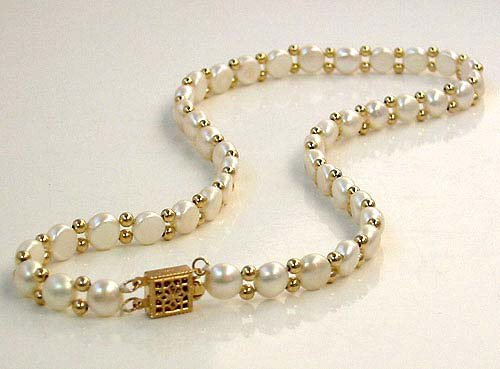 Excelent rare white Cultured Pearl & golden beads Necklace