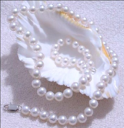 Excellence White Genuine Cultured Pearl Necklace 925s