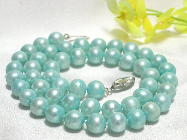 ROUND 8.5MM-9MM PEARL NECKLACE 14K
