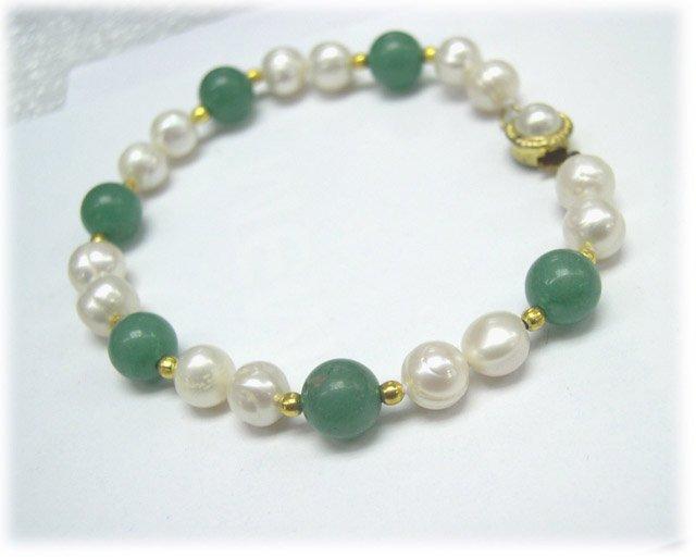 Single row 7.5'' pearl & jade bracelet