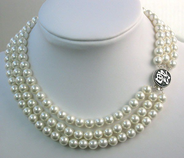 16-18'' 8mm white sea shell pearls necklace