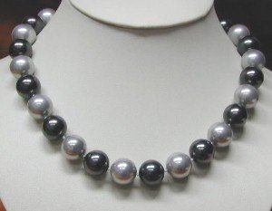 17'' 12mm black & gray sea shell pearls necklace