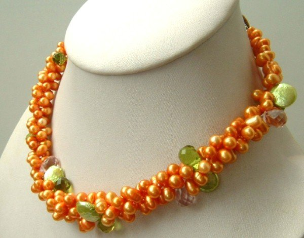 Elegant 3 strand gold freshwater pearl crystal necklace