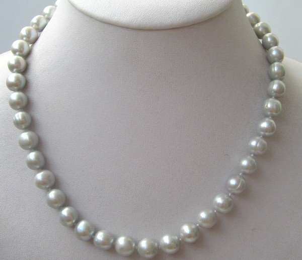 Grey color freshwater pearls necklace 14K