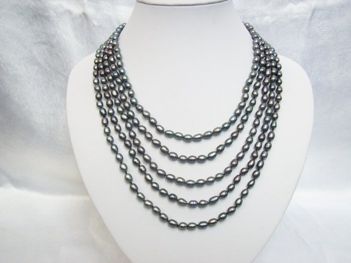 Stylish 5 ply gray Real Freshwater Pearls necklace