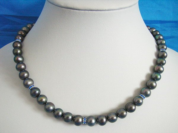 Stylish Black Round 8-9mm Fresh Water Pearls Necklace