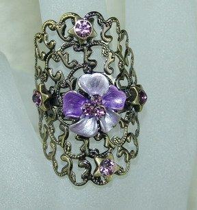 Rhinestone ring vintage purple
