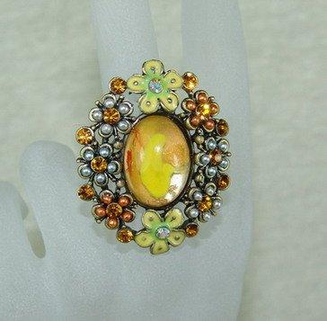 Rhinestone ring yellow flower
