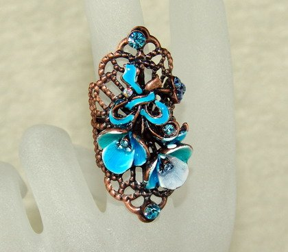 Rhinestone ring vintage blue