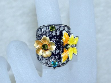 Rhinestone ring wire yellow