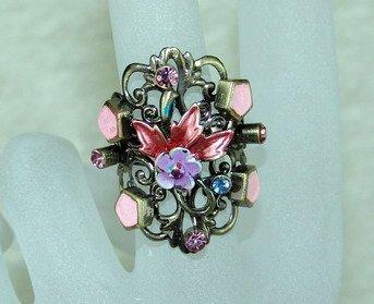 Rhinestone ring stunning pink