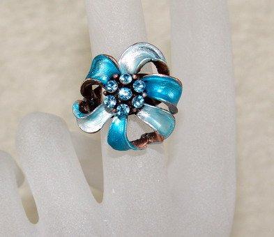 Rhinestone ring cutie blue