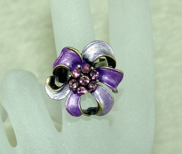 Rhinestone ring cutie purple
