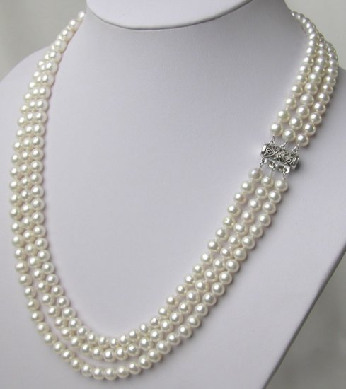 3 Strands 6-7mm White Cultured Pearl Necklace fly clasp