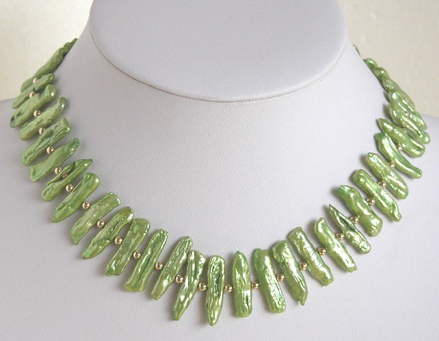 High Quality Green Biwa Pearl Necklace Lovely GP Clasp