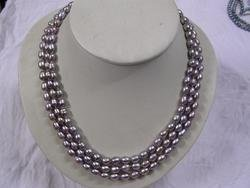 Nice 3- strand purple fresh water pearl necklace