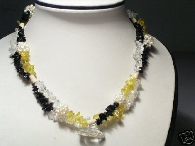Charming 2-Srd White FW Pearls&Crystal Necklace