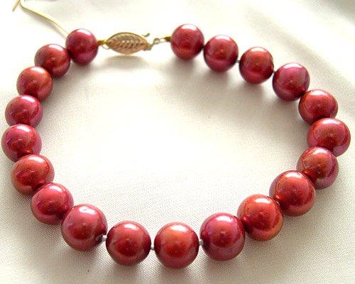 Exquisite red coral bracelet