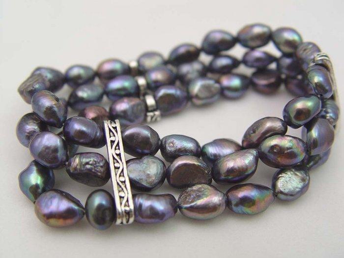 Gorgeous baroque black 3 rows pearl bracelet