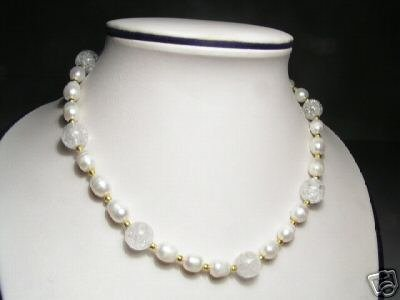Lovely White FW Pearls&Crystal Necklace