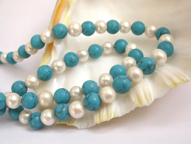 34'' round whtie pearls blue turquoise bead necklace
